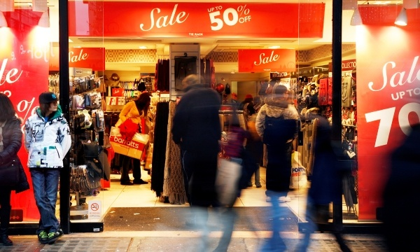 Tips to Avoid a Holiday Spending Hangover