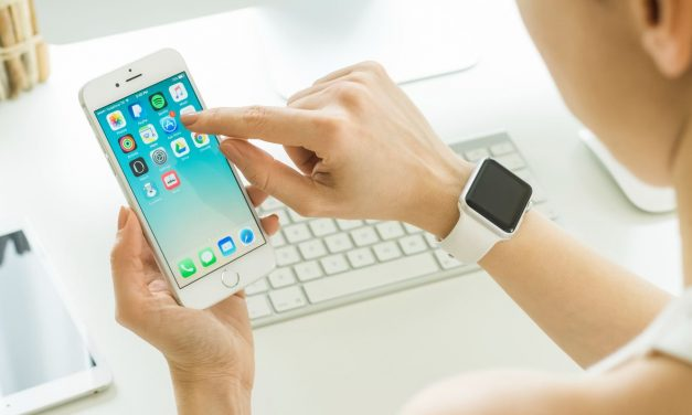 How to Avoid Apple App Scams