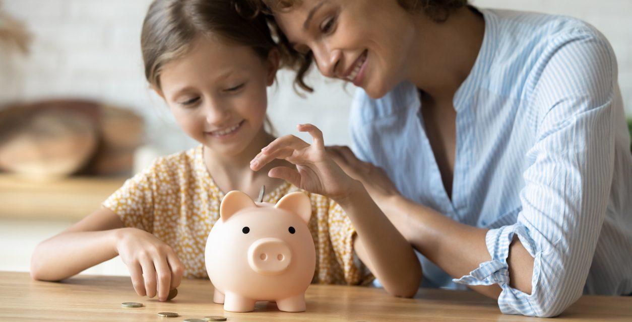 Five steps to raising money smart kids